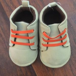 Carter baby boy shoes beige and orange